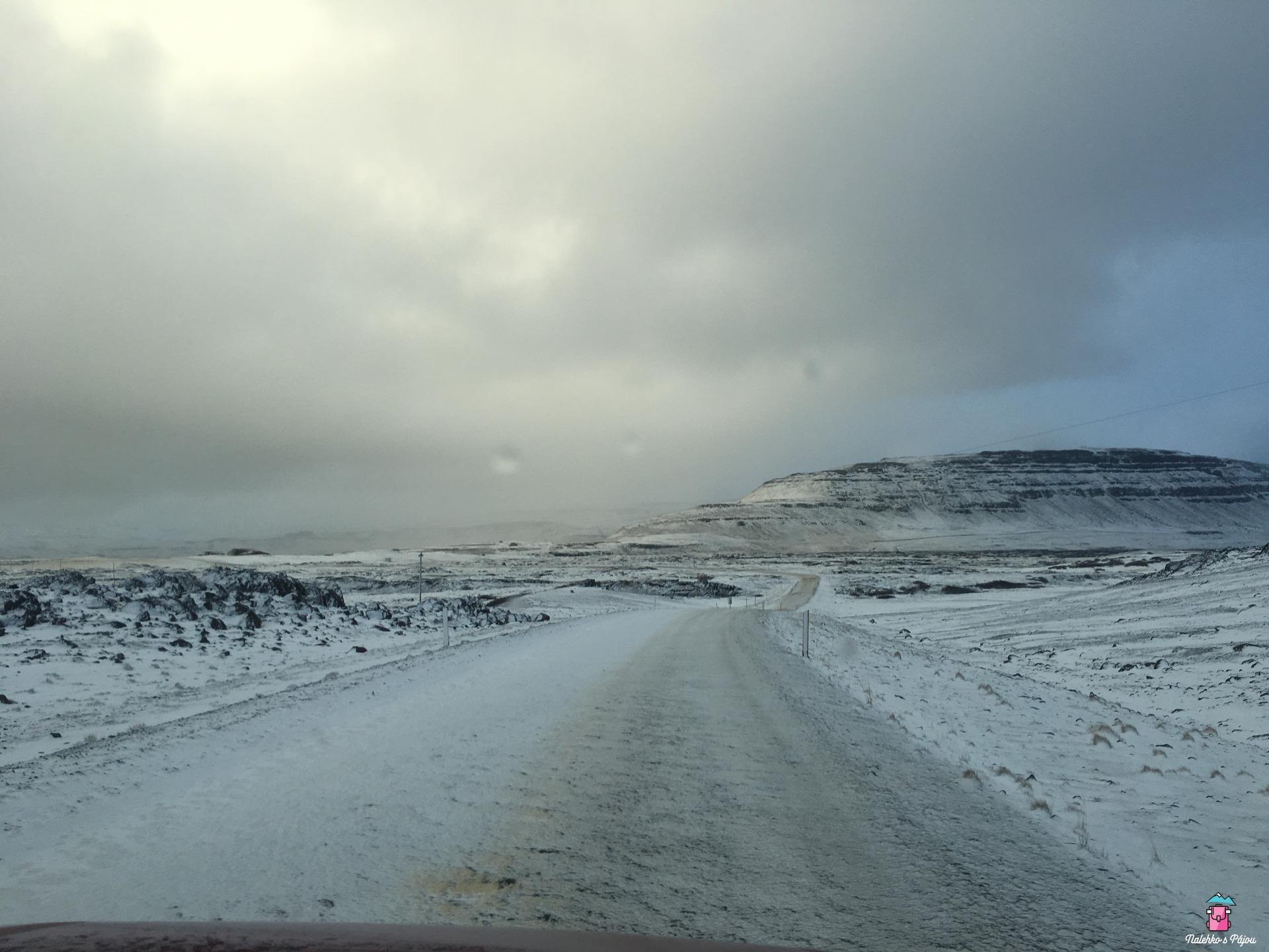 """Noční přejezdy na islandských """"silnicích"""""""